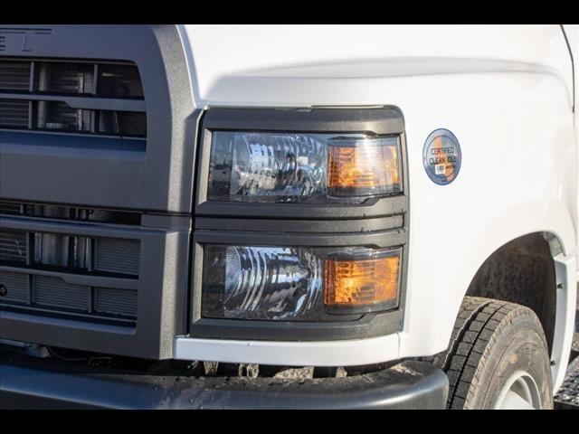 2021 Chevrolet Silverado 5500 Regular Cab DRW 4x2, Cab Chassis #FK5895 - photo 10