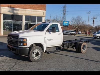 2021 Silverado 5500 Regular Cab DRW 4x2,  PJ's Truck Bodies Landscape Dump #FK5895 - photo 3