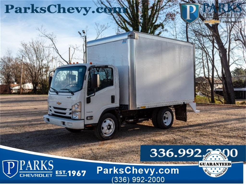 2018 LCF 4500 Regular Cab 4x2,  Mickey Truck Bodies Dry Freight #FK6690 - photo 1