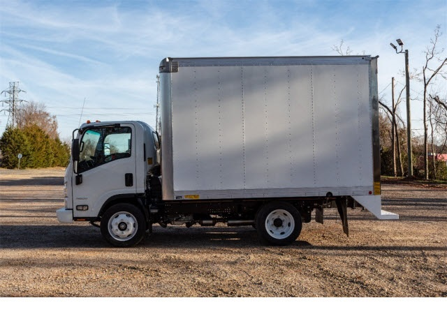 2018 Chevrolet LCF 4500 Regular Cab 4x2, Mickey Truck Bodies Dry Freight #FK6690 - photo 3