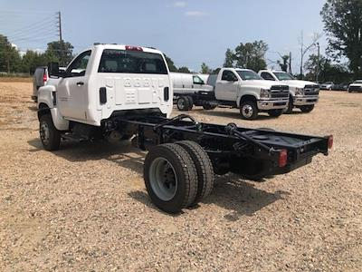 2020 Chevrolet Silverado 5500 Regular Cab DRW 4x4, Cab Chassis #FK6694 - photo 2
