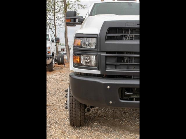 2021 Chevrolet Silverado 5500 Crew Cab DRW 4x4, Cab Chassis #FK67123 - photo 8