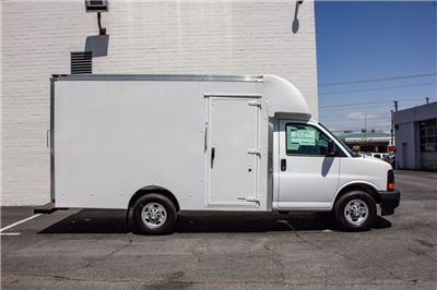 2017 Express 3500,  Supreme Spartan Cargo Cutaway Van #FK6973 - photo 10
