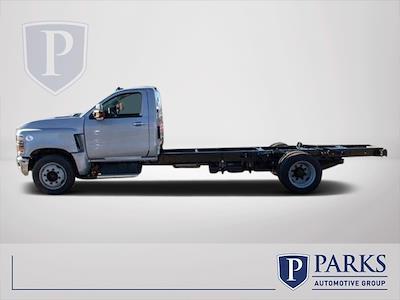 2020 Chevrolet Silverado 5500 Regular Cab DRW 4x2, Cab Chassis #FK7043 - photo 4