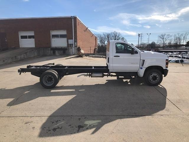 2020 Chevrolet Silverado 5500 Regular Cab DRW 4x2, Cab Chassis #FK7339X - photo 5