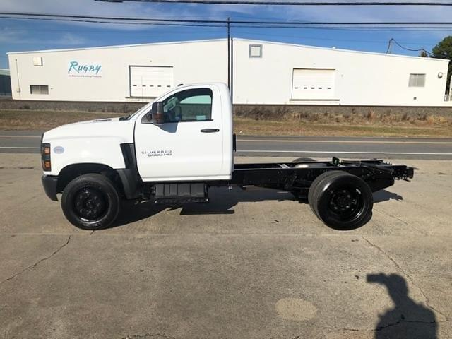 2020 Chevrolet Silverado 5500 Regular Cab DRW 4x2, Cab Chassis #FK7341X - photo 3