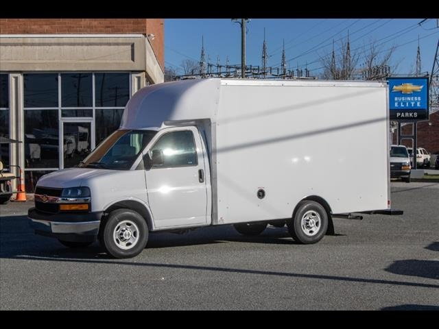 2020 Chevrolet Express 3500 4x2, Supreme Spartan Cargo Cutaway Van #FK7512 - photo 3