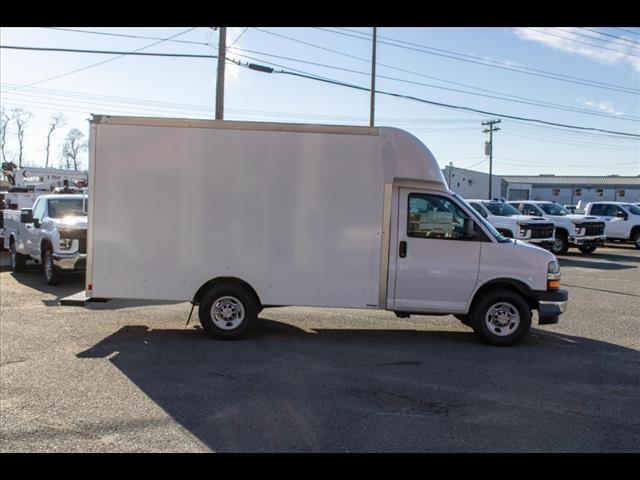 2020 Chevrolet Express 3500 4x2, Supreme Spartan Cargo Cutaway Van #FK7516 - photo 11