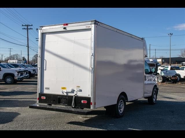 2020 Chevrolet Express 3500 4x2, Supreme Spartan Cargo Cutaway Van #FK7516 - photo 9