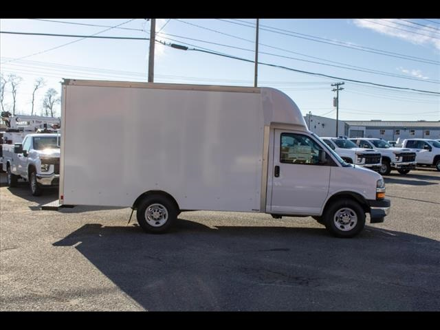 2020 Chevrolet Express 3500 4x2, Supreme Spartan Cargo Cutaway Van #FK7521 - photo 11