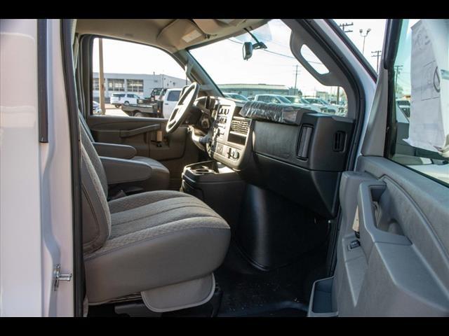 2020 Chevrolet Express 3500 4x2, Supreme Spartan Cargo Cutaway Van #FK7621 - photo 18