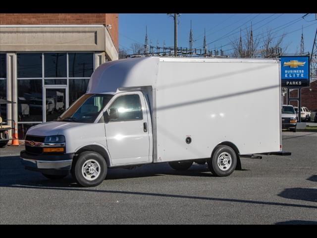2020 Chevrolet Express 3500 4x2, Supreme Spartan Cargo Cutaway Van #FK7621 - photo 3