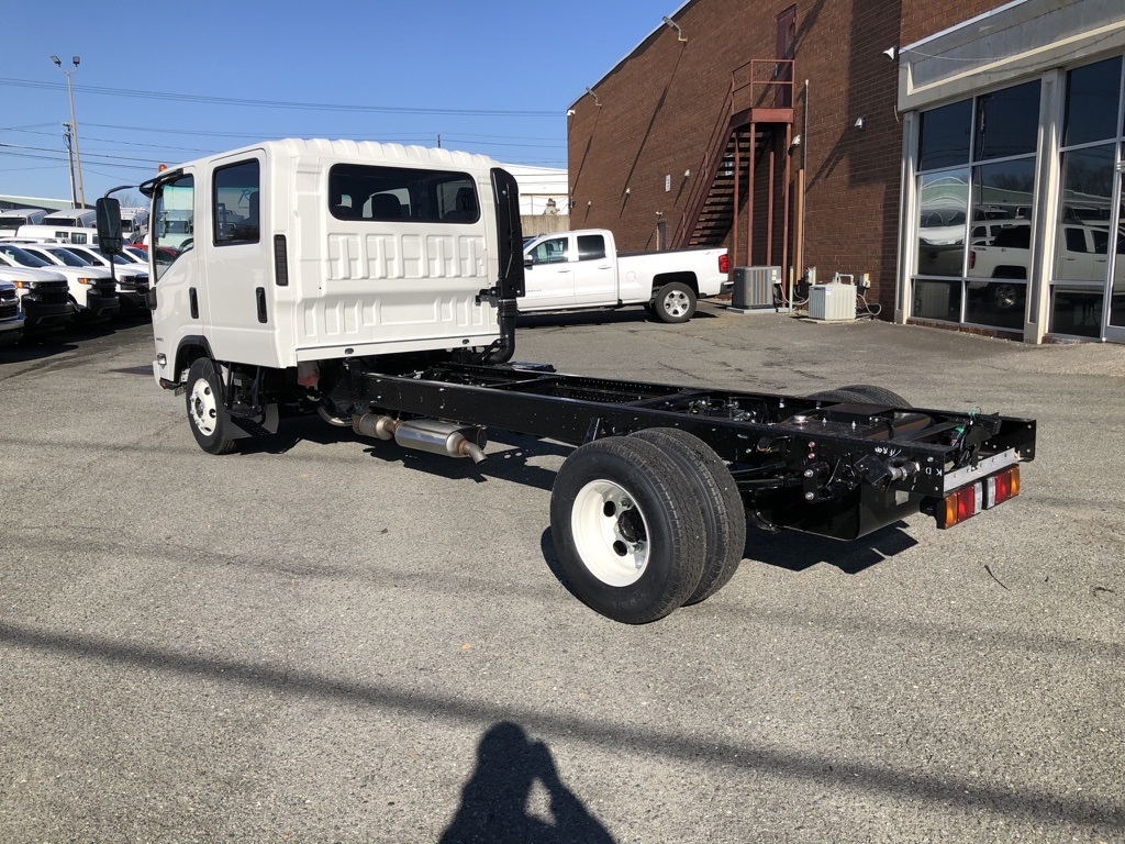 2019 LCF 3500 Crew Cab 4x2, Cab Chassis #FK812454 - photo 2