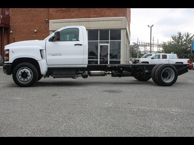 2019 Chevrolet Silverado 6500 Regular Cab DRW 4x2, Cab Chassis #FK8214 - photo 3