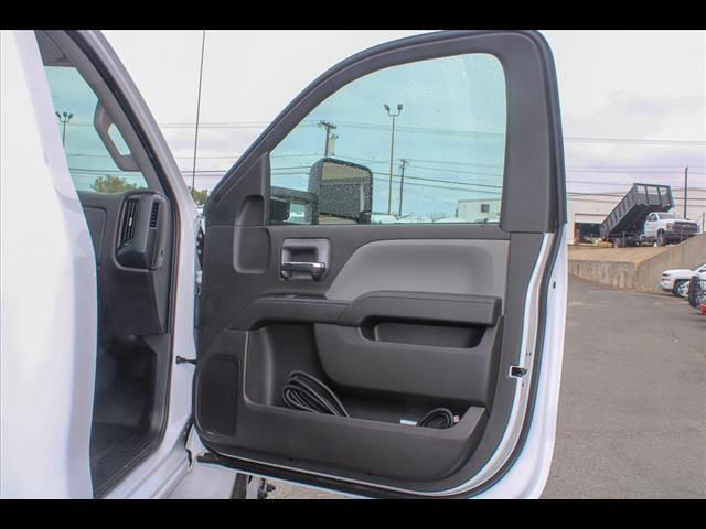 2019 Chevrolet Silverado 6500 Regular Cab DRW 4x2, Cab Chassis #FK8235 - photo 13