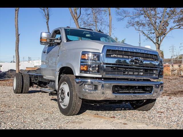 2020 Silverado 5500 Regular Cab DRW 4x2,  PJ's Truck Bodies Landscape Dump #FK87042 - photo 6