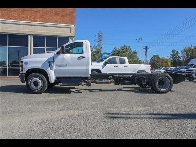 2019 Chevrolet Silverado 6500 Regular Cab DRW 4x2, Cab Chassis #FK8754 - photo 3