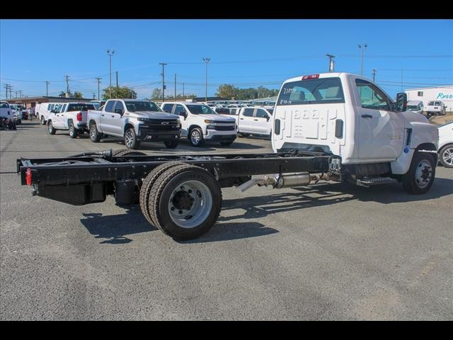 2019 Chevrolet Silverado 6500 Regular Cab DRW 4x2, Cab Chassis #FK8754 - photo 5