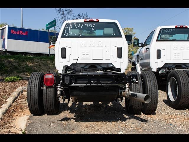 2020 Chevrolet Silverado 5500 Regular Cab DRW 4x2, Cab Chassis #FK8778X - photo 5