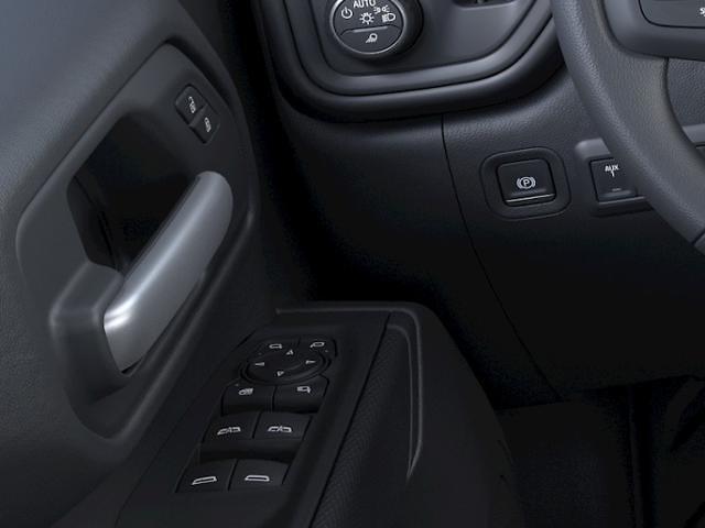 2021 Chevrolet Silverado 2500 Crew Cab 4x4, Pickup #FK9550 - photo 19