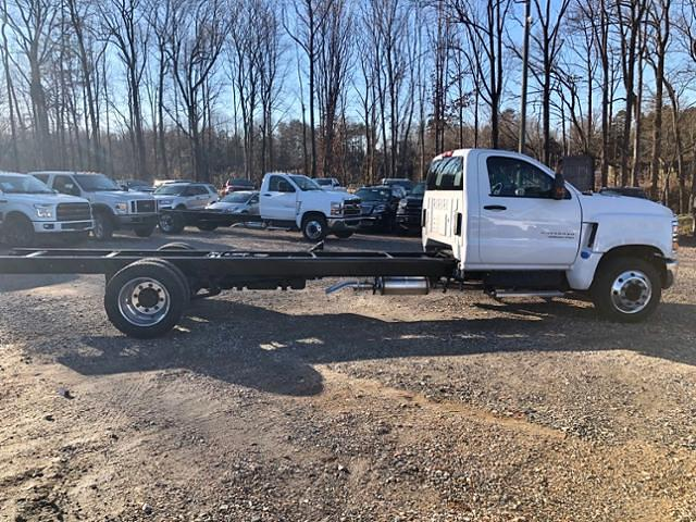 2019 Chevrolet Silverado 6500 Regular Cab DRW 4x2, Cab Chassis #FK9570 - photo 5