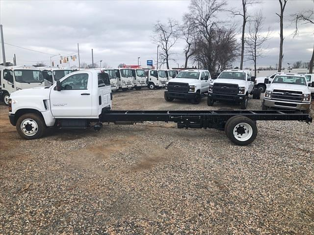 2020 Chevrolet Silverado 5500 Regular Cab DRW 4x2, Cab Chassis #FK9858 - photo 3