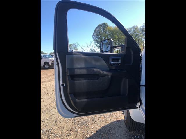 2019 Silverado 5500 Regular Cab DRW 4x2, Knapheide Value-Master X Platform Body #FK98822 - photo 14