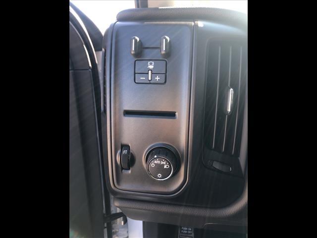 2019 Silverado 5500 Regular Cab DRW 4x2, Knapheide Value-Master X Platform Body #FK98822 - photo 17
