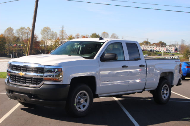 2018 Silverado 1500 Extended Cab 4x4 Pickup #T18-182 - photo 3