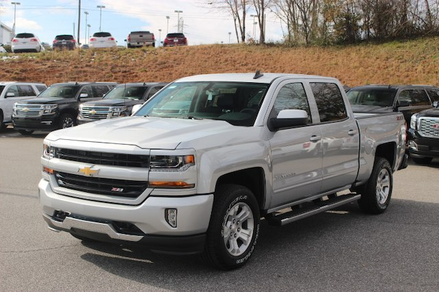2018 Silverado 1500 Crew Cab 4x4 Pickup #T18-256 - photo 3