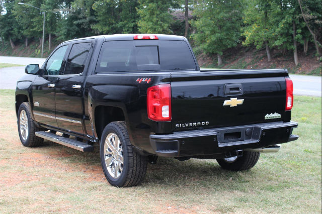 2018 Silverado 1500 Crew Cab 4x4 Pickup #T18-61 - photo 4