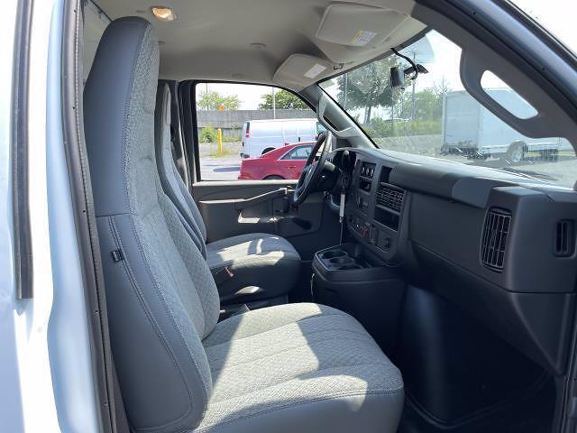 2021 Express 3500 4x2,  Bay Bridge Classic Cutaway Van #M1180156 - photo 13