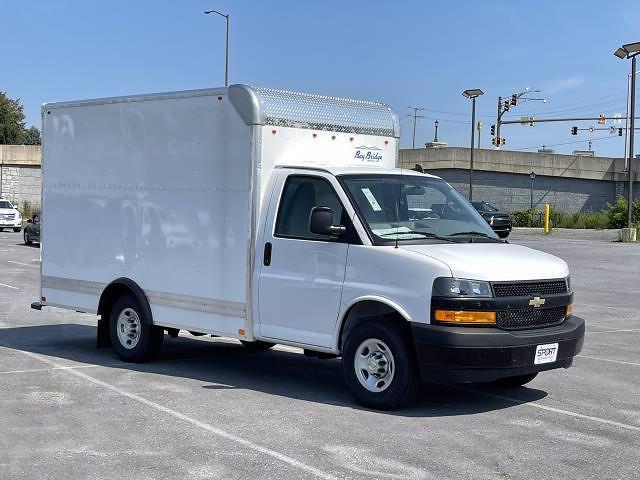 2021 Express 3500 4x2,  Bay Bridge Classic Cutaway Van #M1180156 - photo 9