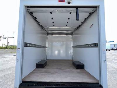 2021 Express 3500 4x2,  Morgan Truck Body Cutaway Van #M1193841 - photo 18