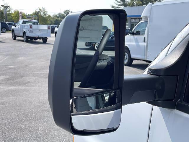 2021 Express 3500 4x2,  Morgan Truck Body Parcel Aluminum Cutaway Van #M1238701 - photo 13