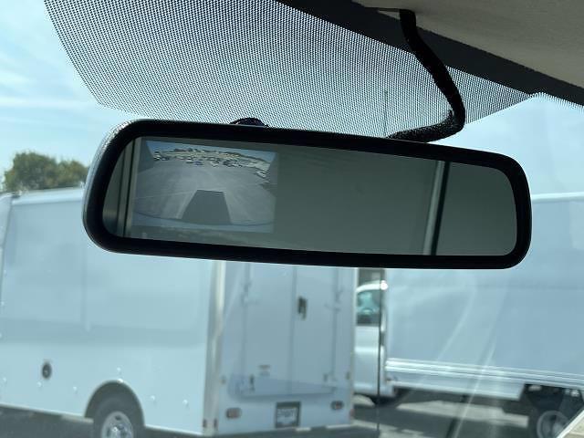 2021 Express 3500 4x2,  Morgan Truck Body Parcel Aluminum Cutaway Van #M1238701 - photo 22