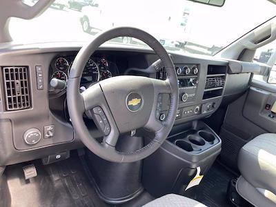 2021 Express 3500 4x2,  Morgan Truck Body Parcel Aluminum Cutaway Van #M1238701 - photo 21