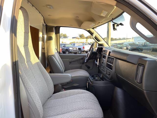 2021 Express 3500 4x2,  Bay Bridge Cutaway Van #M1244763 - photo 18
