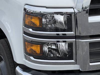 2021 Silverado 5500 Regular Cab DRW 4x2,  Morgan Truck Body Prostake Platform Body #MH803614 - photo 20