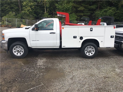 2017 Silverado 3500 Regular Cab 4x4, Knapheide Service Body #HZ250623 - photo 5