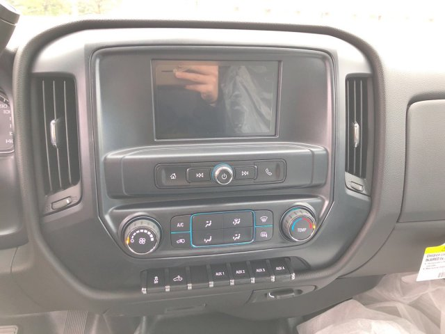 2017 Silverado 3500 Regular Cab DRW 4x4, Dump Body #HZ318637 - photo 12