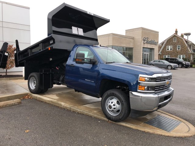 2017 Silverado 3500 Regular Cab DRW 4x4, Dump Body #HZ318637 - photo 3