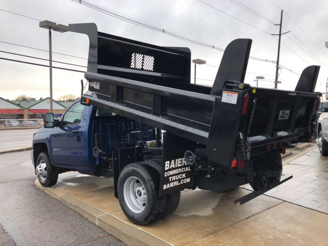 2017 Silverado 3500 Regular Cab DRW 4x4, Dump Body #HZ318637 - photo 2