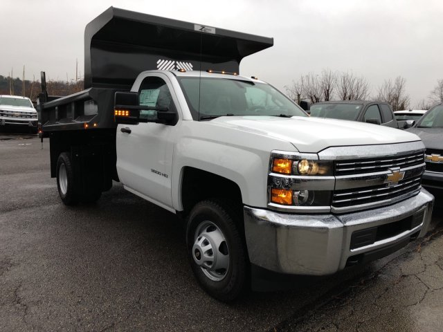 2017 Silverado 3500 Regular Cab DRW 4x4, Dump Body #HZ322161 - photo 3
