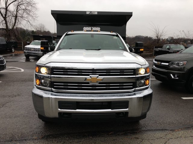 2017 Silverado 3500 Regular Cab DRW 4x4, Dump Body #HZ322161 - photo 4
