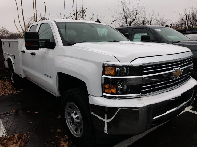 2017 Silverado 3500 Double Cab 4x4 Service Body #HZ371694 - photo 3