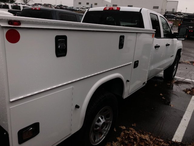 2017 Silverado 3500 Double Cab 4x4 Service Body #HZ371694 - photo 8