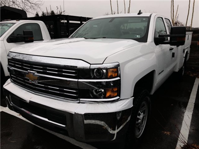 2017 Silverado 3500 Double Cab 4x4 Service Body #HZ371694 - photo 1