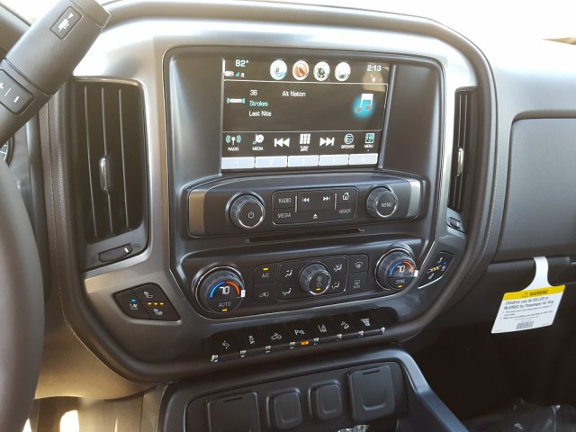 2018 Silverado 2500 Crew Cab 4x4 Pickup #JF135046 - photo 17