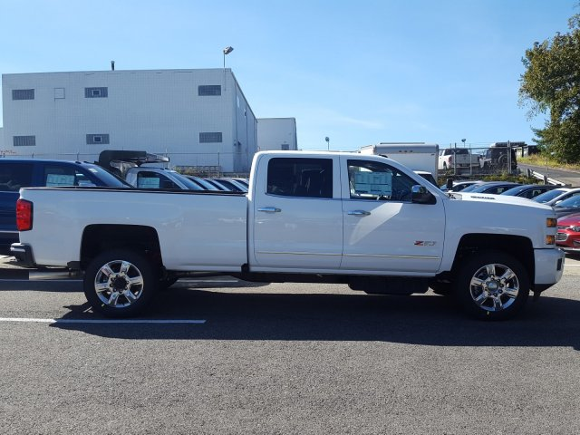 2018 Silverado 2500 Crew Cab 4x4 Pickup #JF135046 - photo 6